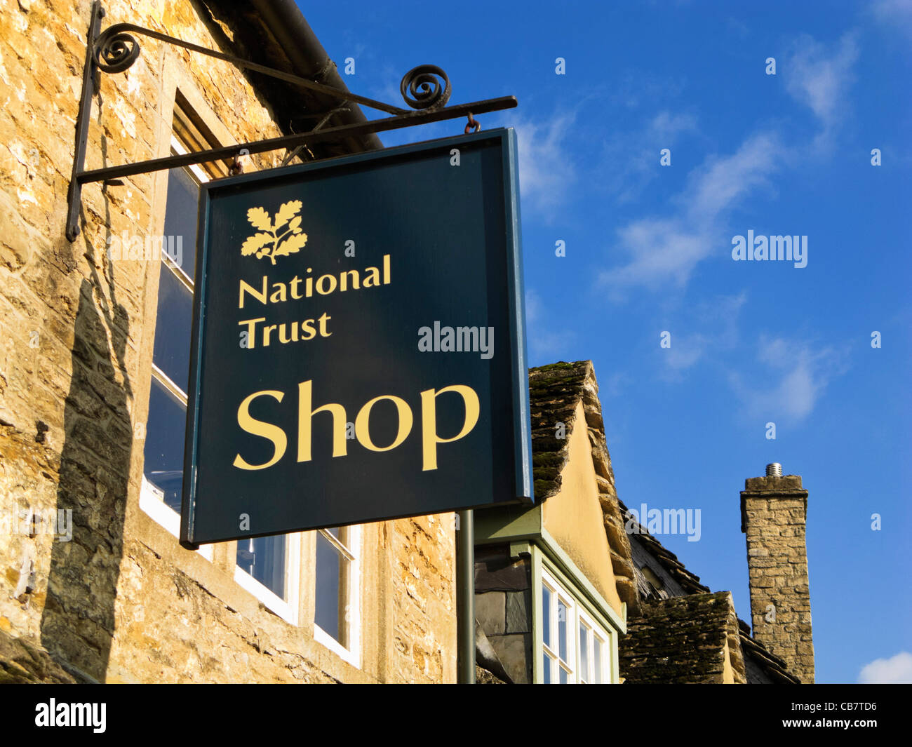 Trusted Shops Login : national trust logo stock photos national trust logo stock images alamy ~ Watch28wear.com Haus und Dekorationen