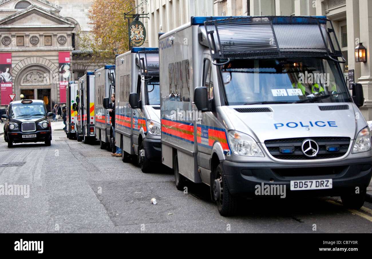 Row of Metropolitan police vans at the Public Sector Strike (the unions), London, England, 2011, UK, GB - Stock Image