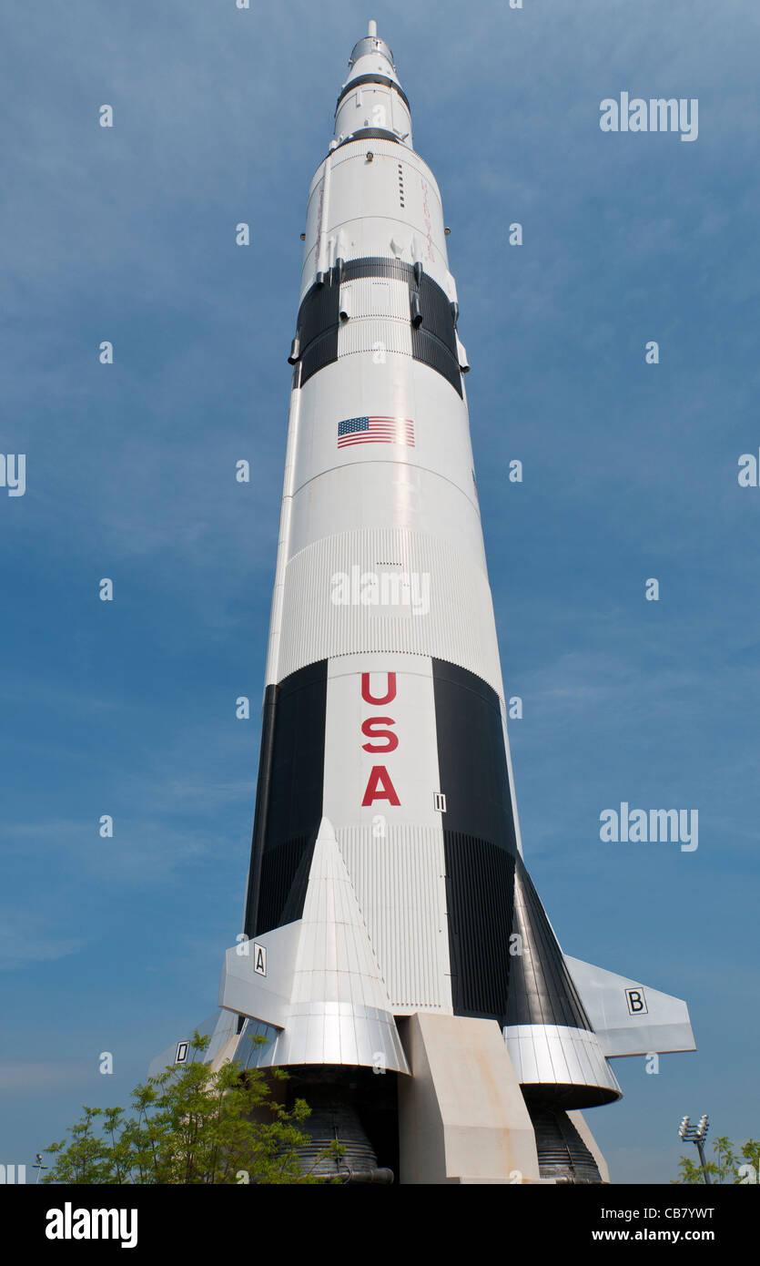 saturn rocket dimensions - HD835×1390