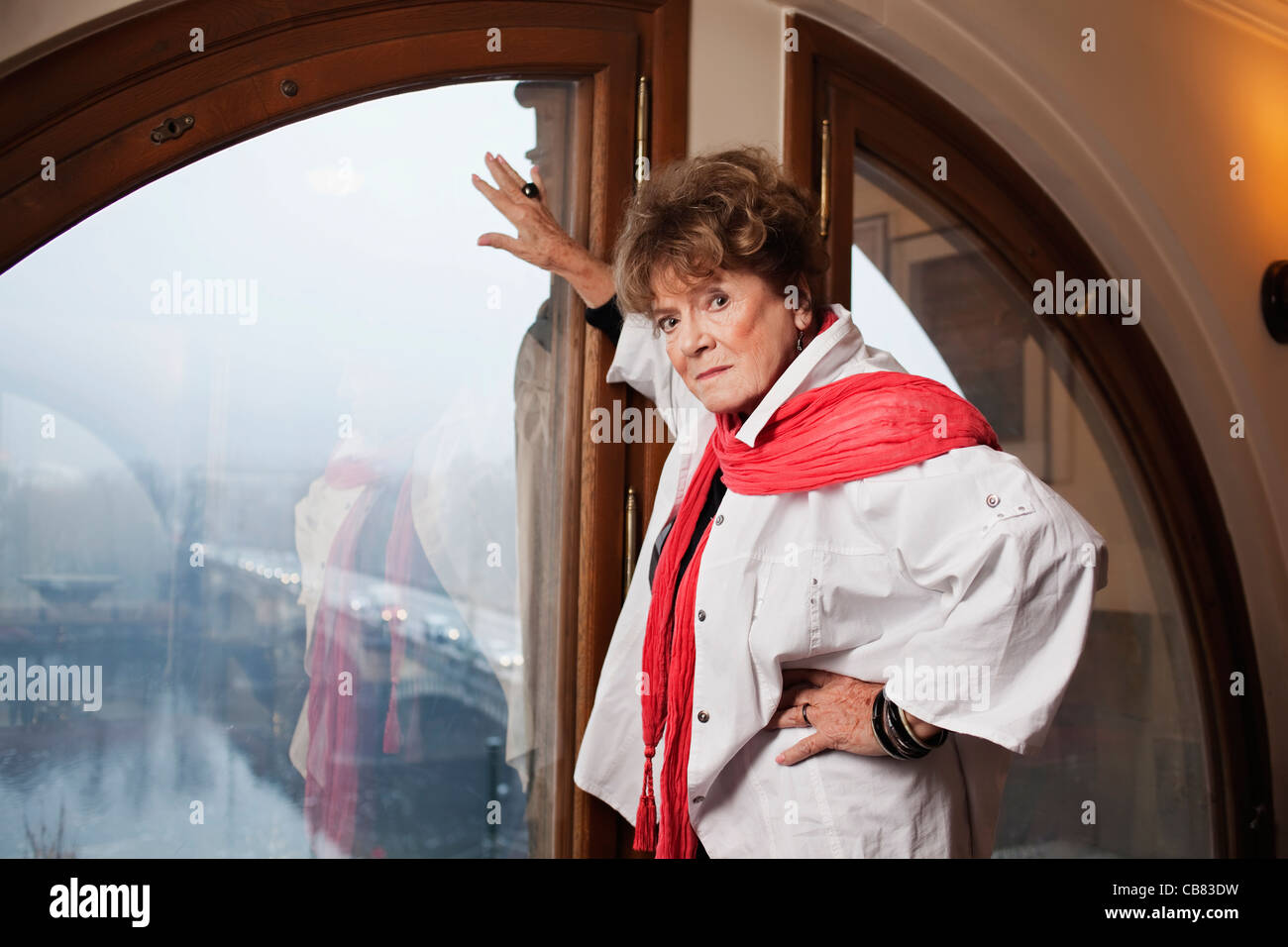 Edith Johnson,Aishwarya Sakhuja 2010 Hot video Constanze Saemann GER,Kim Cattrall (born 1956 (Anglo-Canadian)