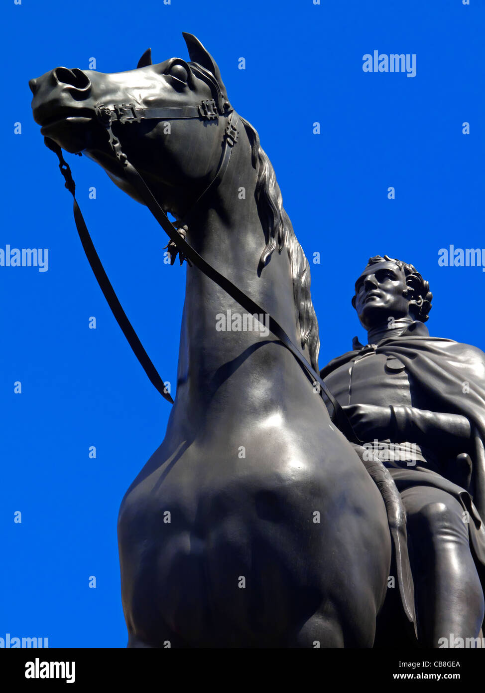 Equestrian Statue of the Duke of Wellington in front of the Bank of England in Threadneedle Street City of London - Stock Image