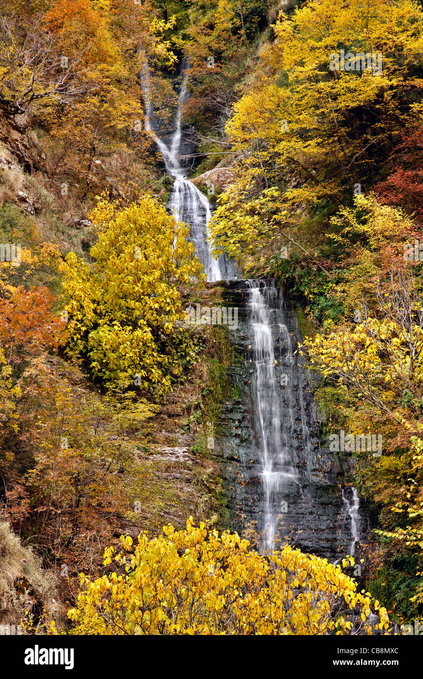 An waterfall, in the canyon of Chrousias river, that separates Syrrako and Kalarrytes villages, Tzoumerka, Ioannina, - Stock Image