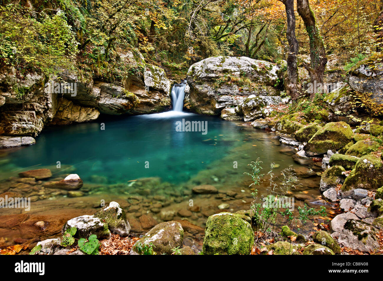 Small lake, in the canyon of Chrousias river, that separates Syrrako and Kalarrytes villages, Tzoumerka, Ioannina, - Stock Image