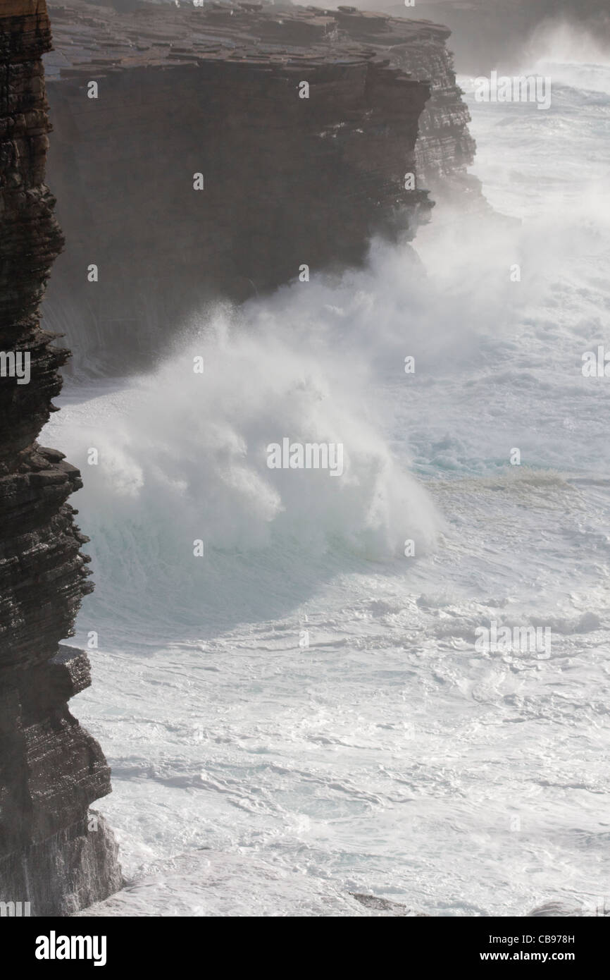 Stormy seas at Yesnaby, Orkney isles - Stock Image