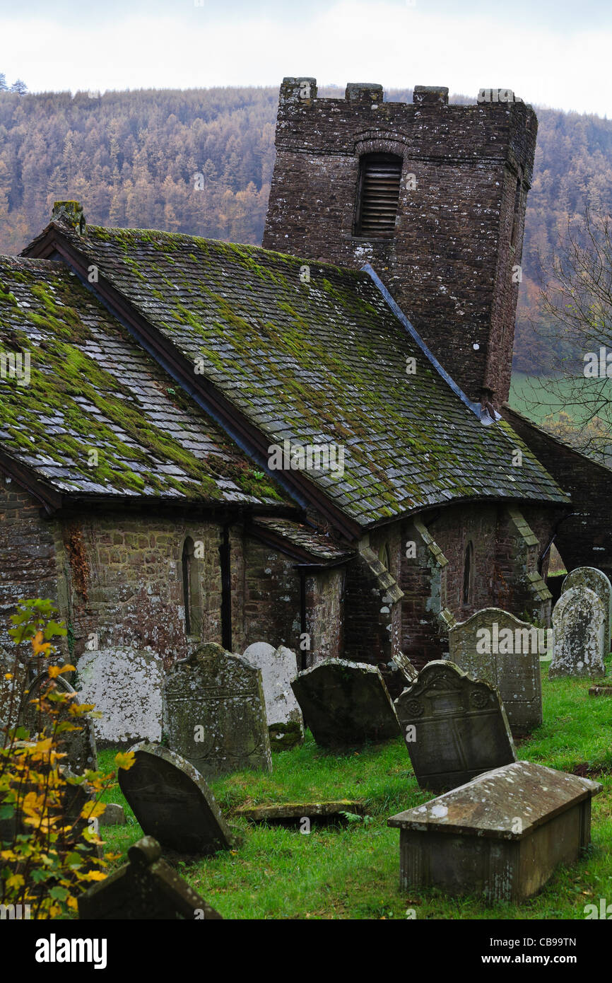Cwmyoy church and it's leaning tower, Vale of Ewyas, Monmouthshire, Wales - Stock Image