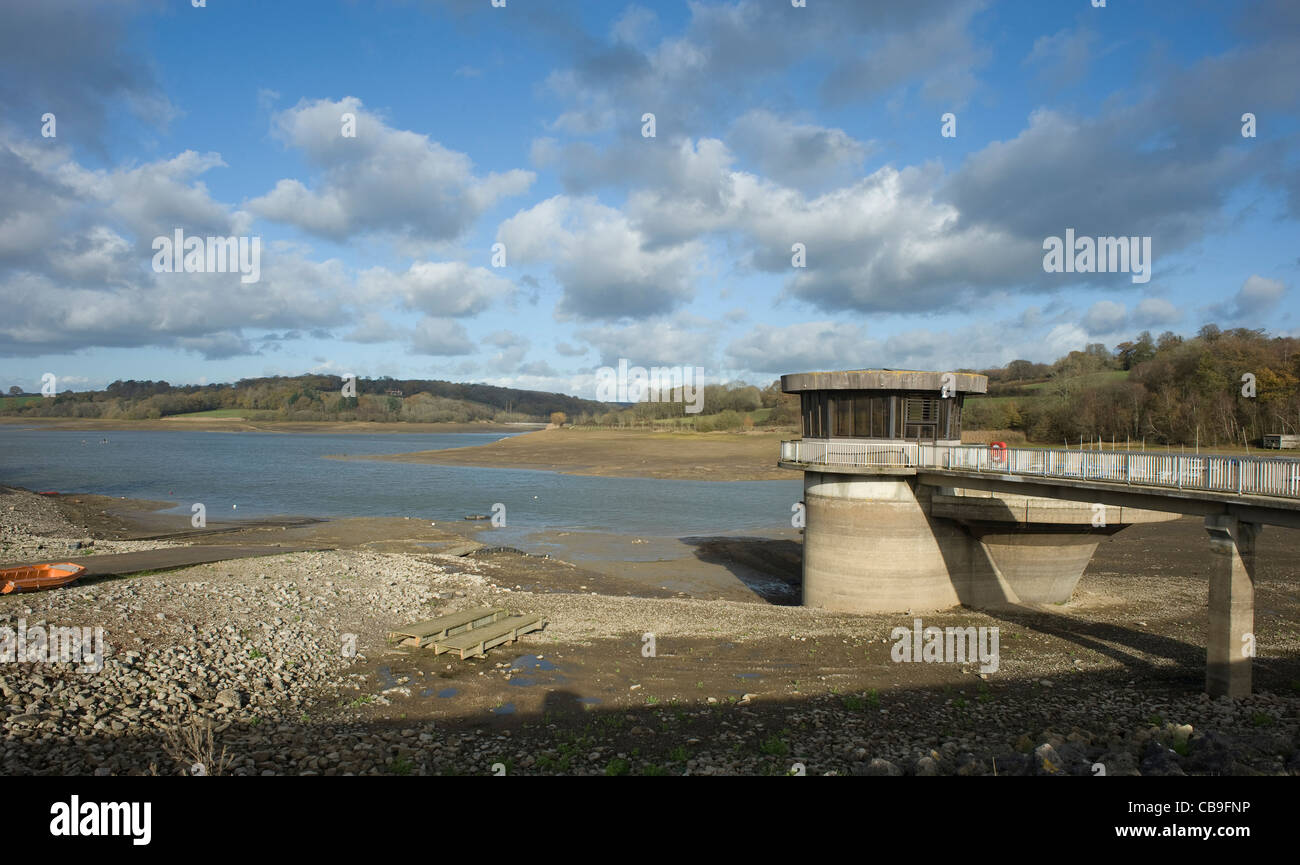 South East Water's reservoir at Ardingly, nr Haywards Heath, West Sussex, 27th November 2011 - Stock Image