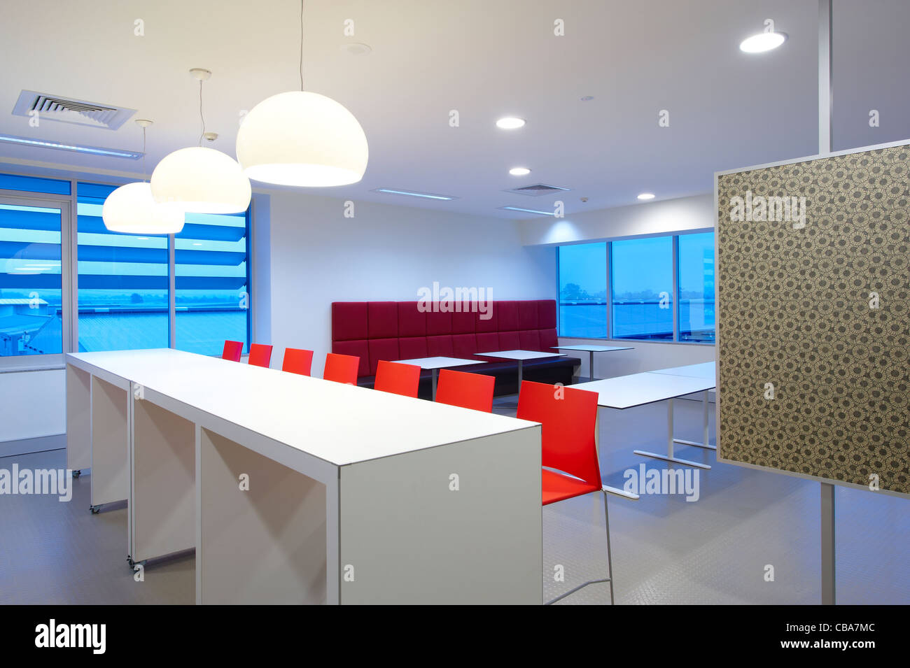 Modern commercial lunch room - Stock Image