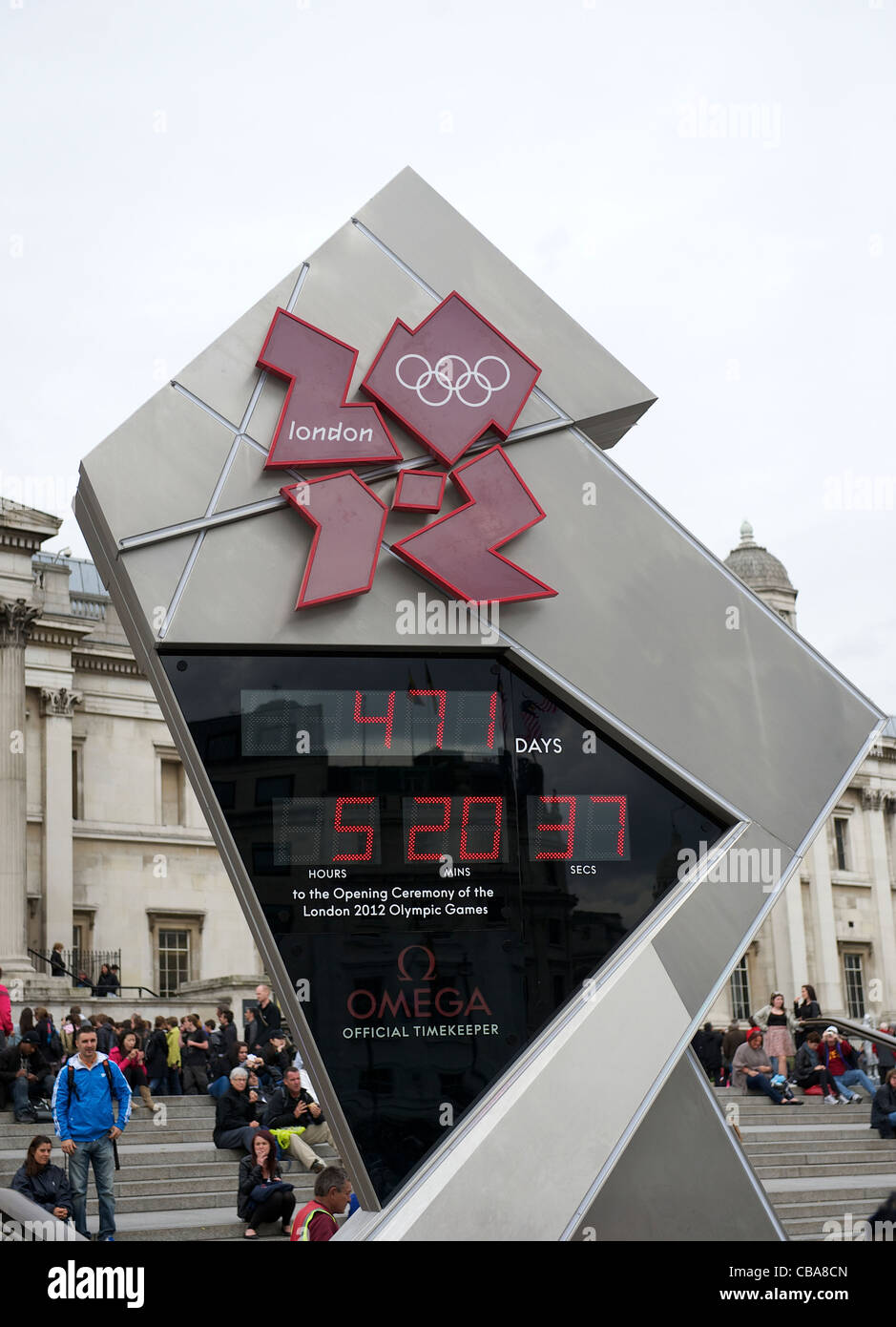 13.4. 2011. London prepares for the 2012 Olympics. Games Countdown Clock in Trafalgar Square kicking off the 471 - Stock Image