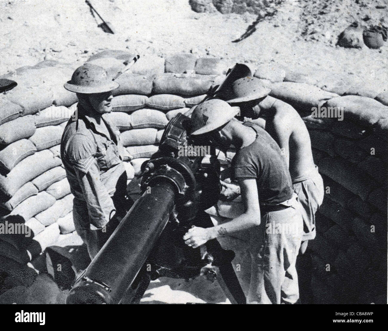 British soldiers man a range finder used to provide data to anti aircraft guns. North Africa WW11 - Stock Image