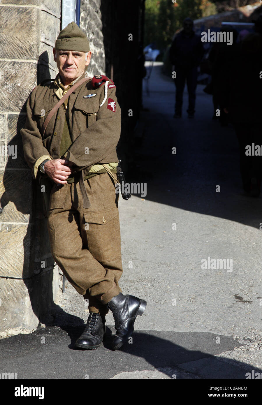 1940S BRITISH ARMY PARATROOPER PICKERING NORTH YORKSHIRE 15 October 2011 - Stock Image