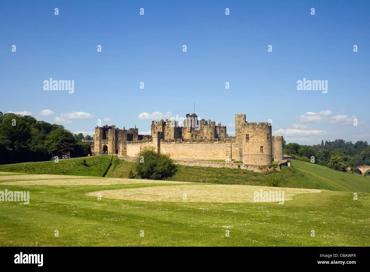 Alnwick Castle, Alnwick, Northumberland, England. - Stock Image