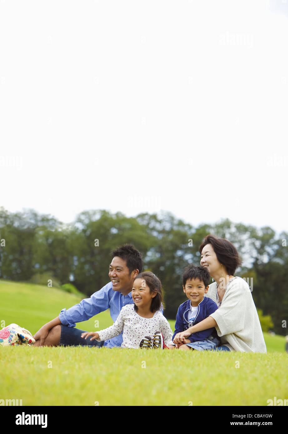 Picnicking family - Stock Image
