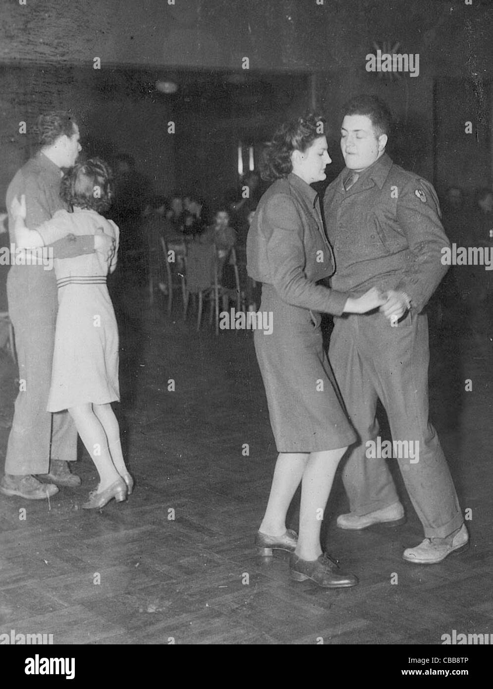 WW11 USAAF soldiers and airmen dance to relax between missions - Stock Image