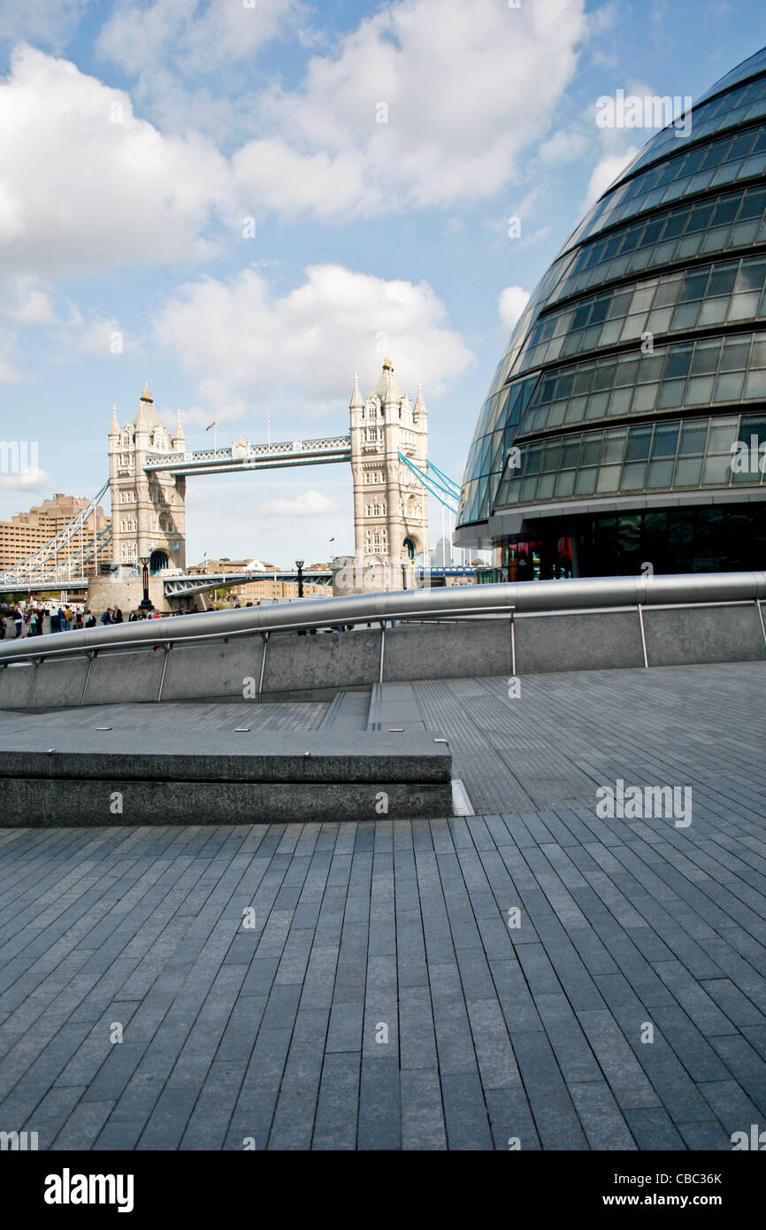 A view towards Tower Bridge London, with the GLA Building The City Hall on the right hand side - Stock Image