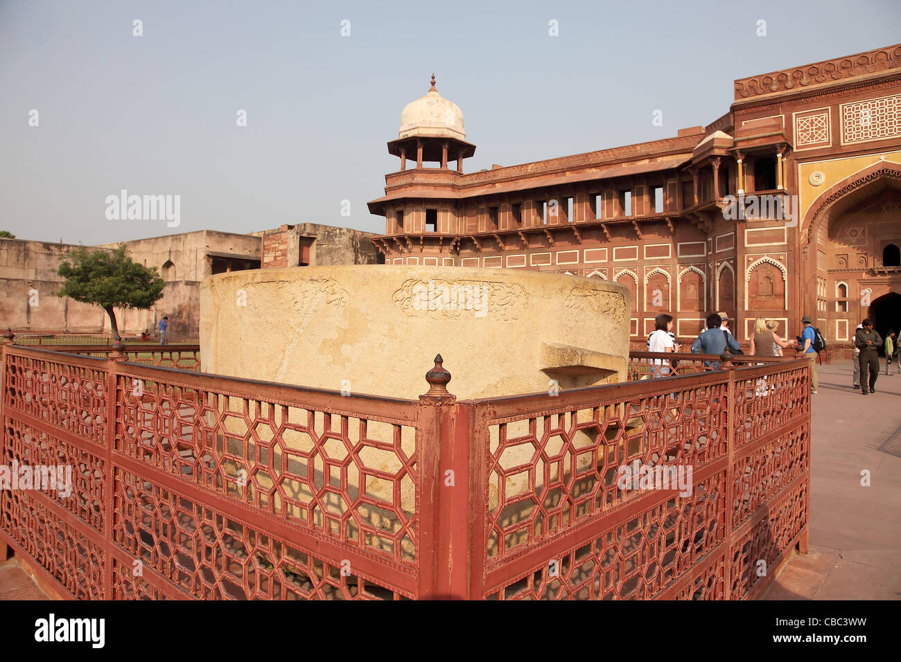 agra fort indo islamic architecture indian architecture tourist