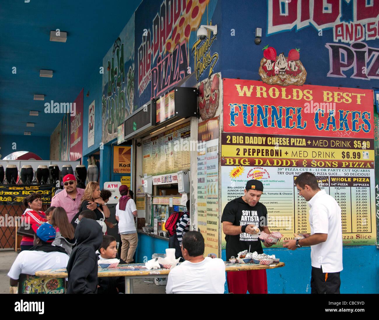California Pizza Kitchen Pike Long Beach