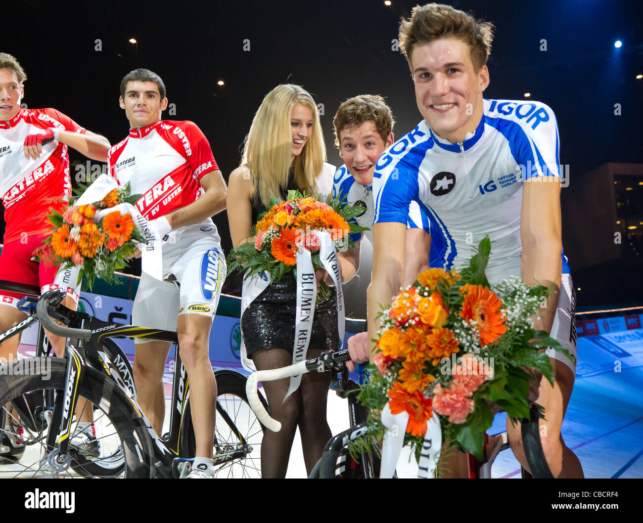 Team Keller Küng of ProTer Track Team celebrates amateur victory of first Americaine race ar Sixday-Nights - Stock Image