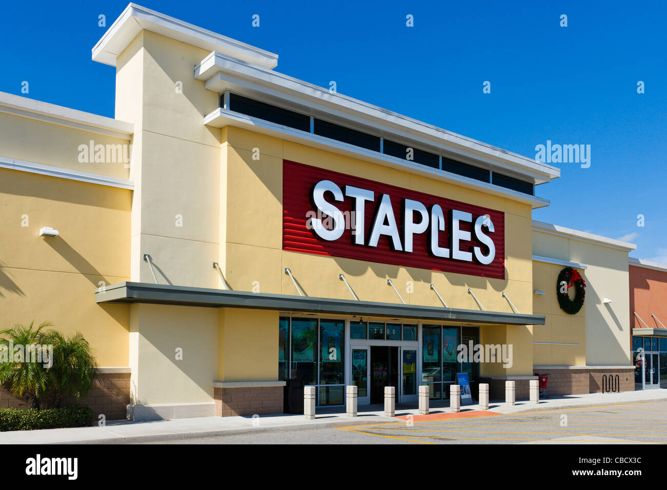 Staples Office Supply Store At Posner Park Retail Development, Davenport,  Central Florida, USA