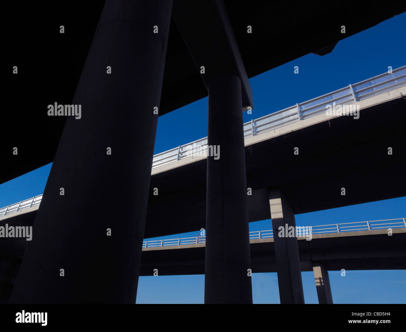 Pillars holding up overpasses - Stock Image