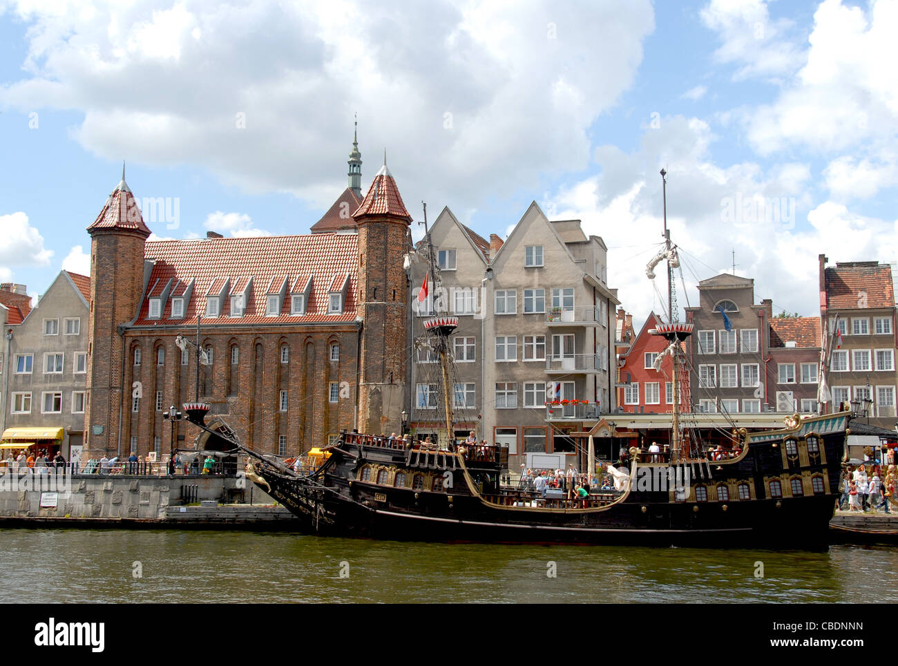 Historic vessel for sightseeing moored at the Motlawa river quay of Stare MIasto, the old town of Gdansk, Danzig, - Stock Image