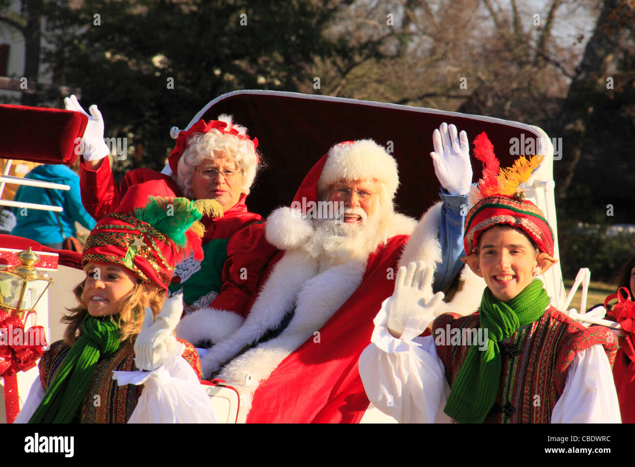 How To Watch The Williamsburg Christmas Parade 2021 Page 2 Christmas Parade High Resolution Stock Photography And Images Alamy