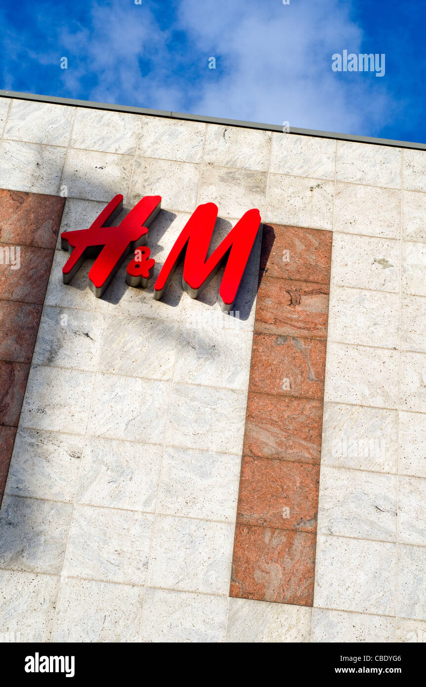 The exterior of an H&M store - Stock Image