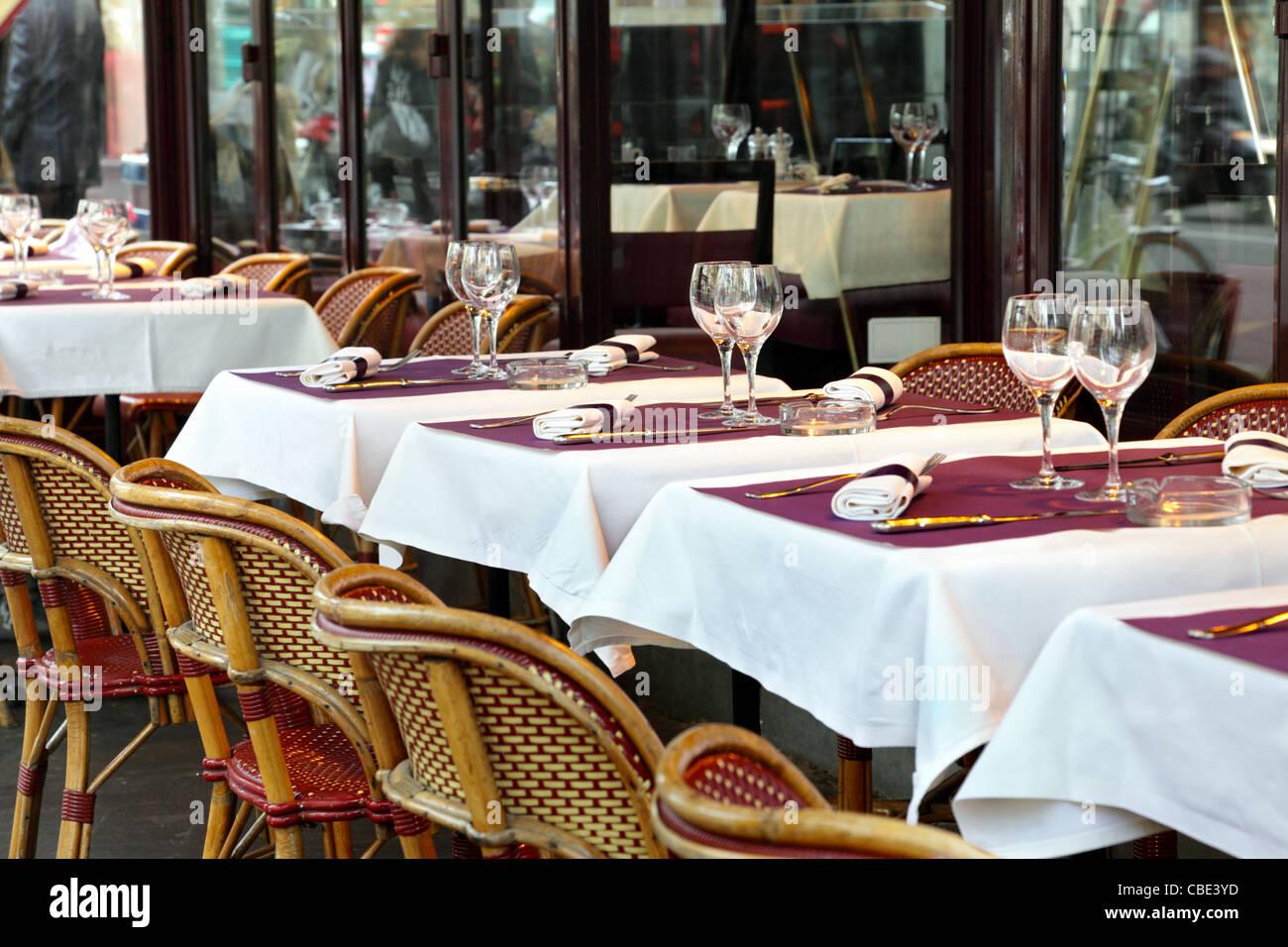 Street cafe in Paris - Stock Image