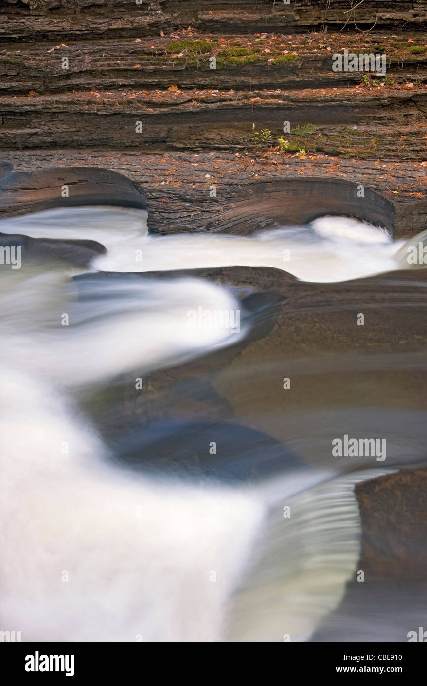 The Wild and Scenic Presque Isle River creates these Potholes among the Nonsuch Shale in Michigan's Upper Peninsula. - Stock Image