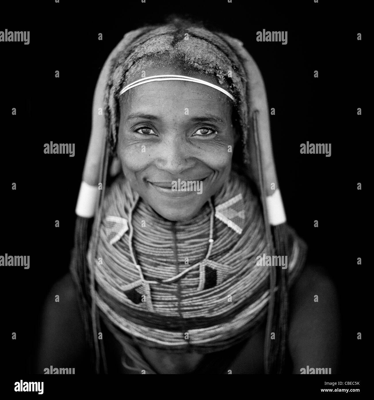 Mwila Woman Wearing The Vilanda Necklace, Chibia Area, Angola - Stock Image