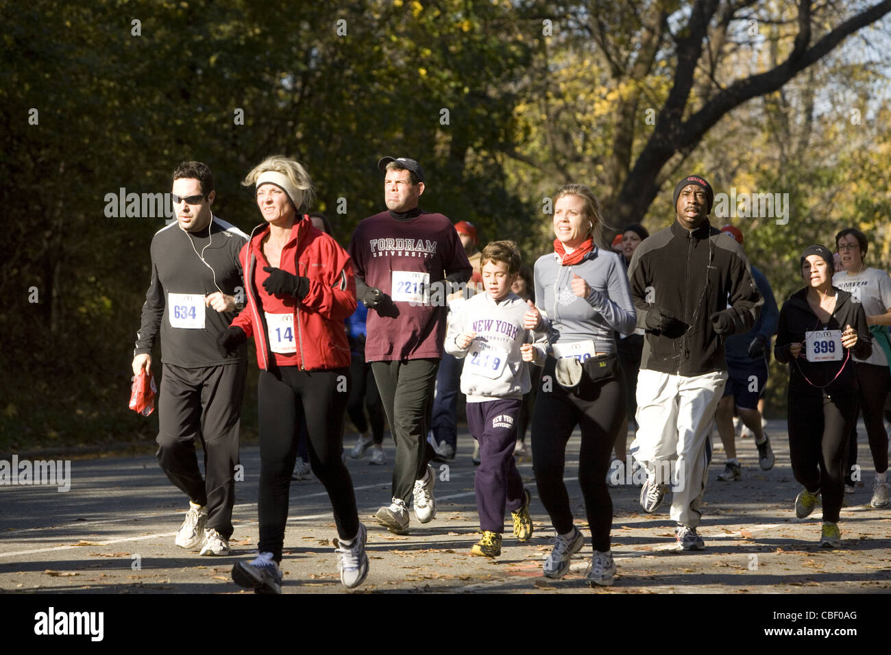 The Thanksgiving Day 'Turkey Trot' 5 mile run in Prospect Park Brooklyn attracts people of all ages, sizes, and - Stock Photo