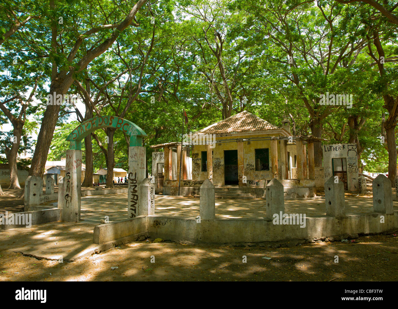 Building For Political Meetings In The Village Of Dombe Grande, Angola - Stock Image
