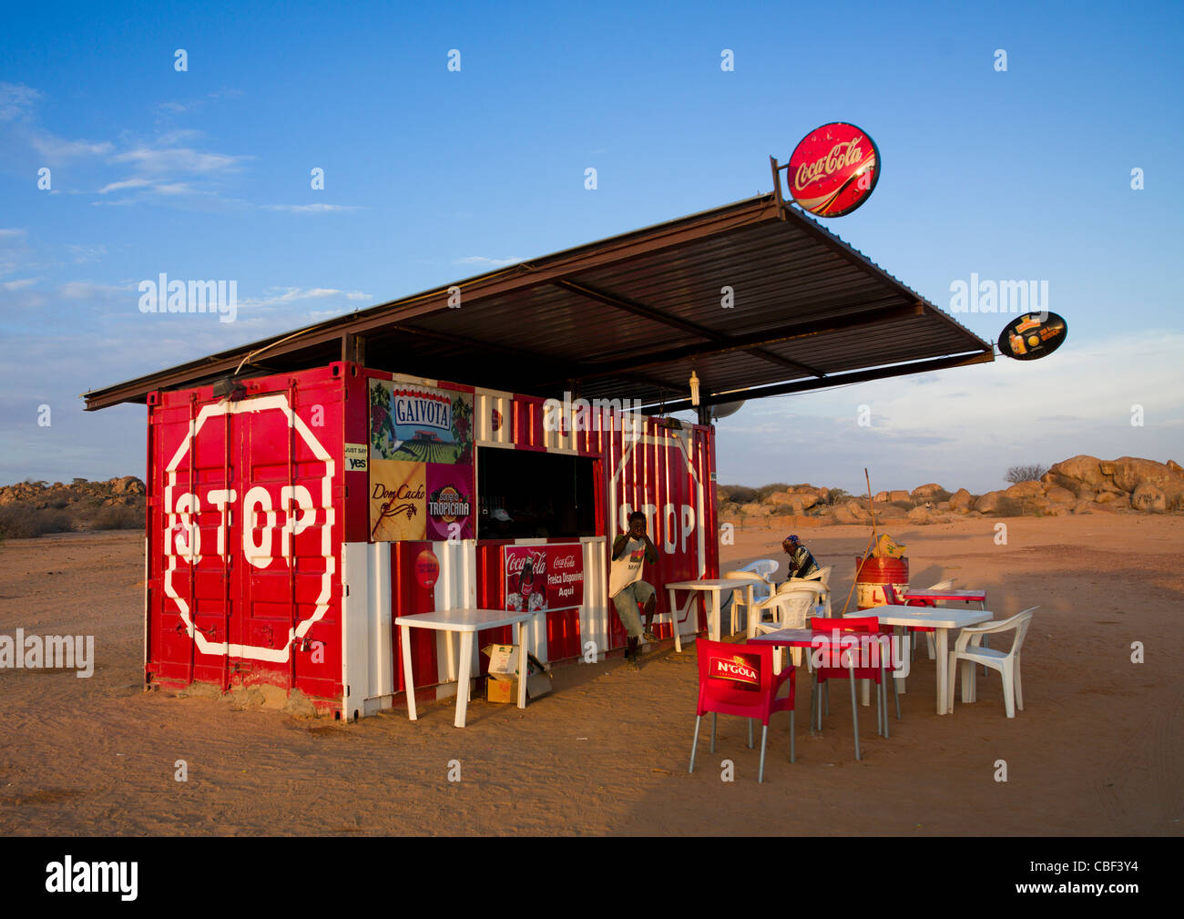 Small Saloon In A Truck Trailer, Namibe Town, Angola - Stock Image