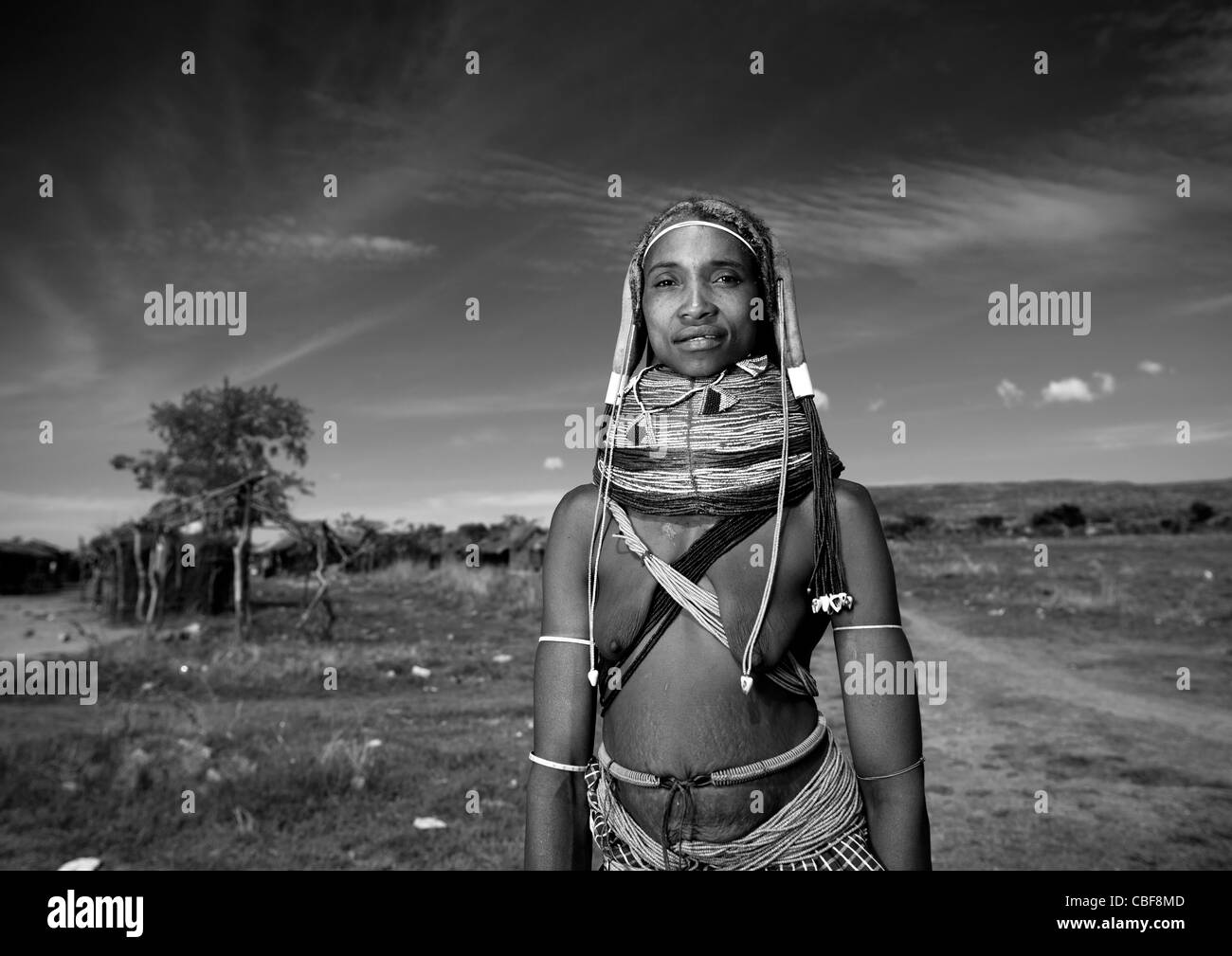 Mwila Woman With Vilanda Necklace, Chibia Area, Angola - Stock Image