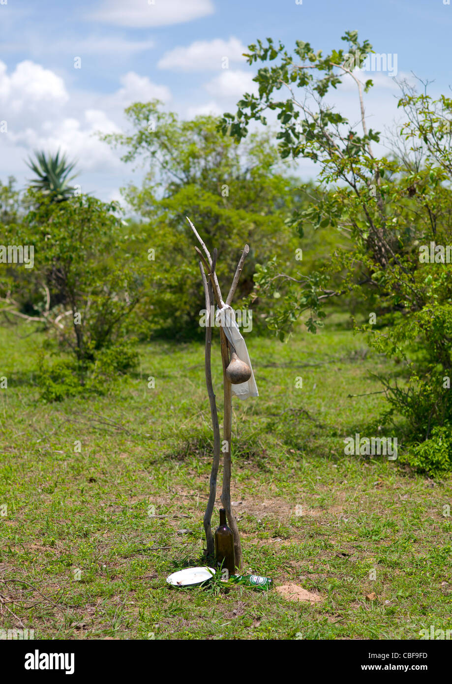 Mwila Grave Decorated With A Calabash, Angola - Stock Image