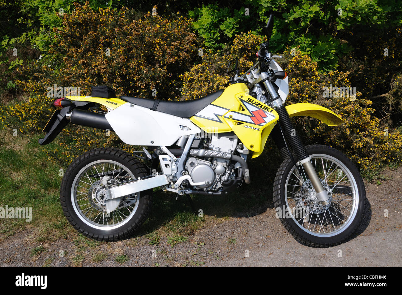 2004 Suzuki DR-Z400 'DualSport' motorcycle - Stock Image