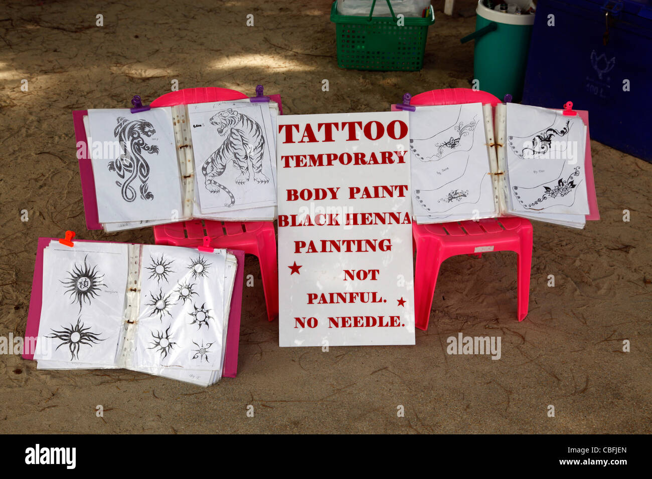 Henna tattoo advert for temporary tattoos and body painting for ...