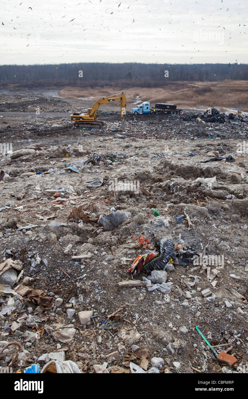 Smith's Creek, Michigan - A truck dumps garbage at St. Clair County's Smith's Creek Landfill. - Stock Image