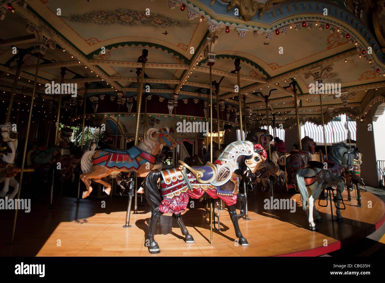 Carousel Elitch Gardens Theme Park Stock Photos & Carousel Elitch ...