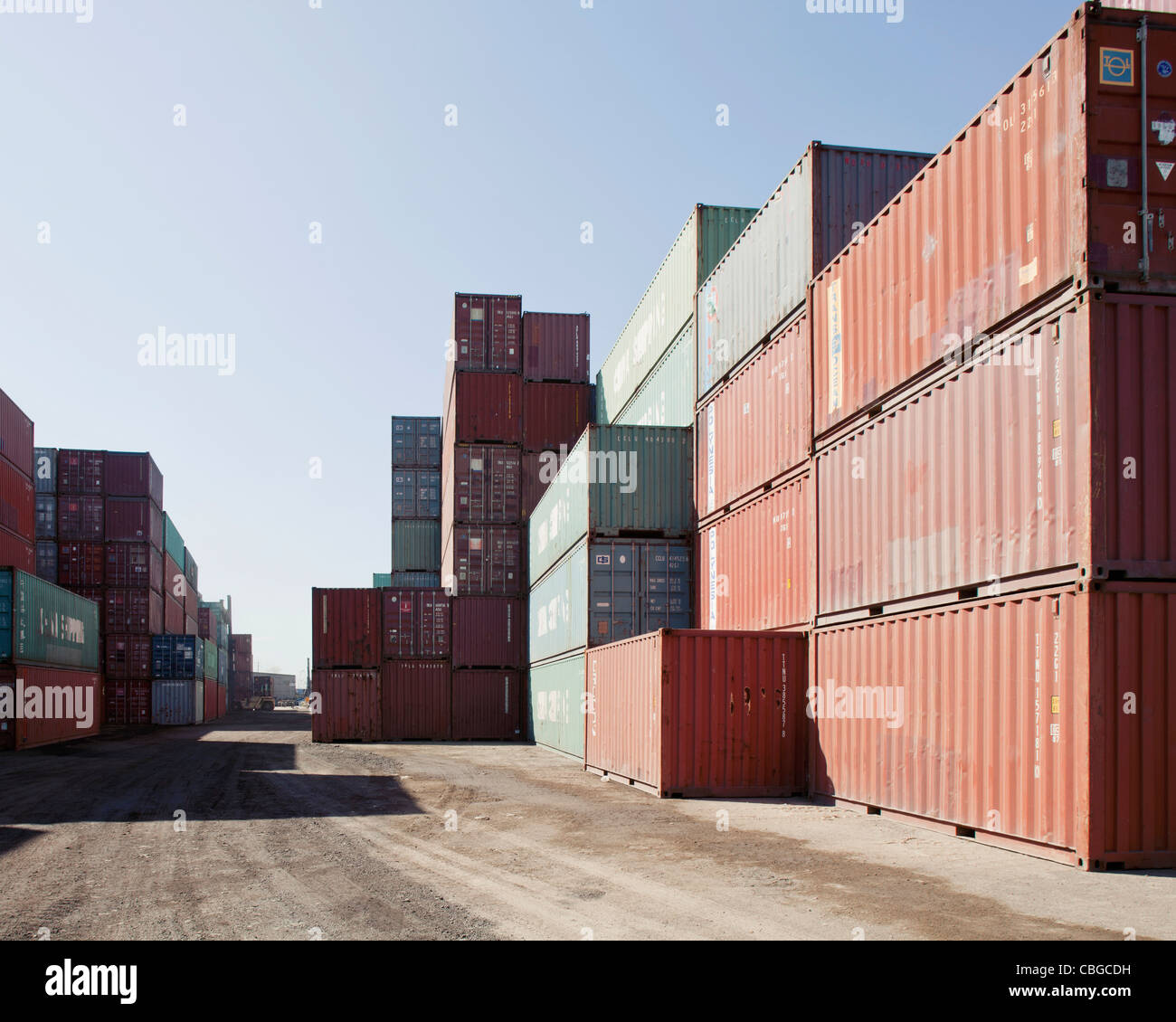Large containers on commercial dock in Long Beach, California - Stock Image