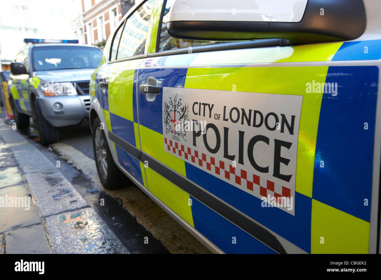 city of london police vehicle with battenburg chequered livery london england uk united kingdom - Stock Image