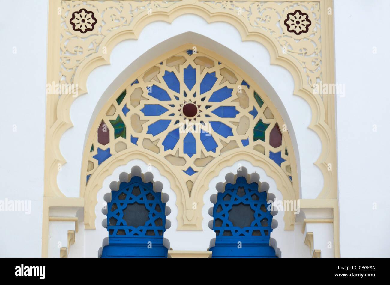 Geometric Patterns of Oriental Window, Villa Tunisienne (1884), Oriental, Tunisian or Moorish Style House Hyères - Stock Image