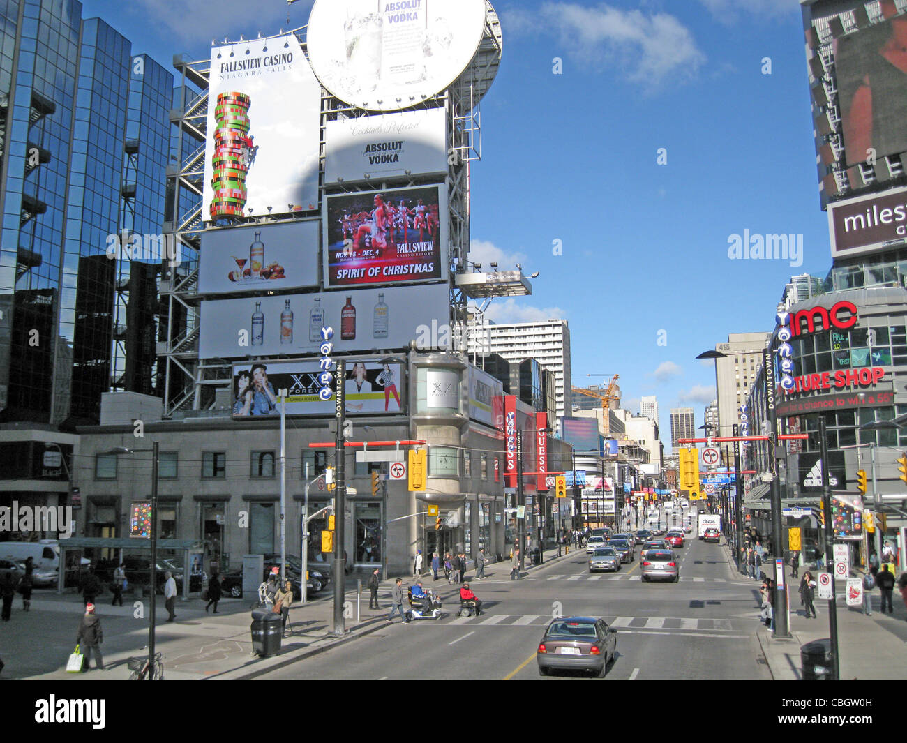 TORONTO, Canada. Yonge-Dundas Square is the city's busiest intersection. Photo Tony Gale - Stock Image