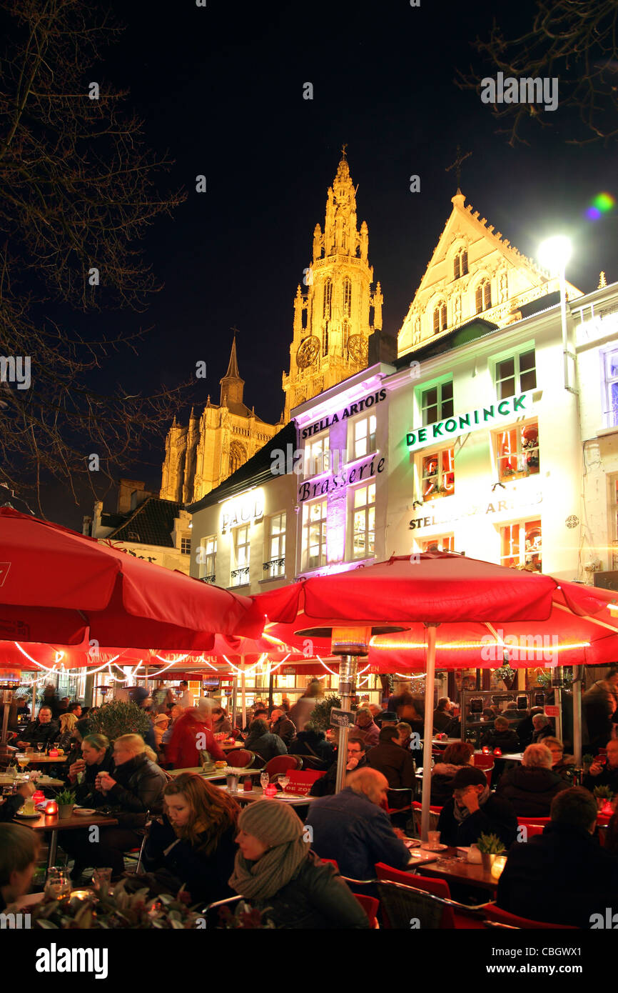 Old town, historic district, cafés and restaurants at the Groenplaats square. Antwerp, Flanders, Belgium, Europe. - Stock Image