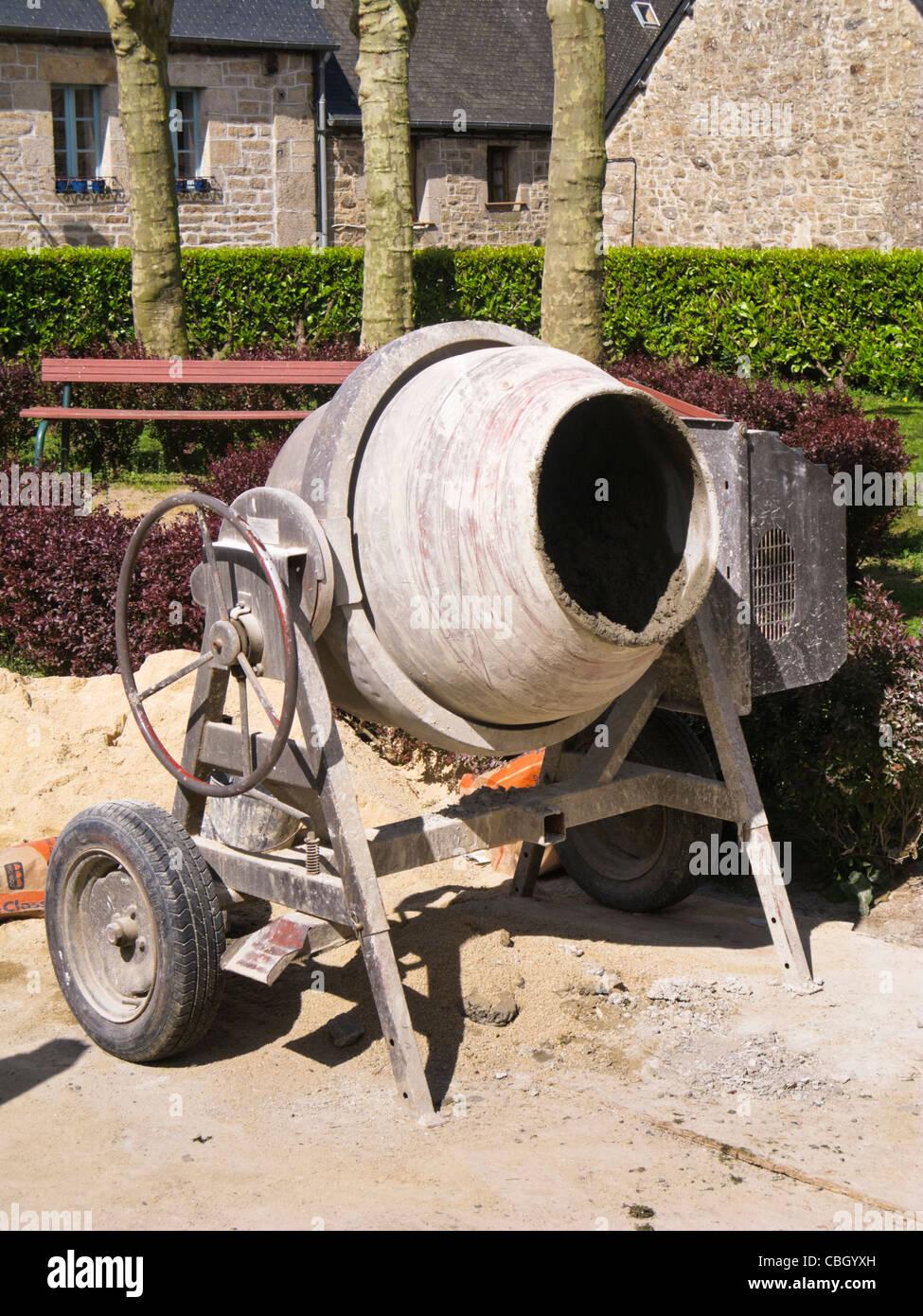 Cement mixer - Stock Image