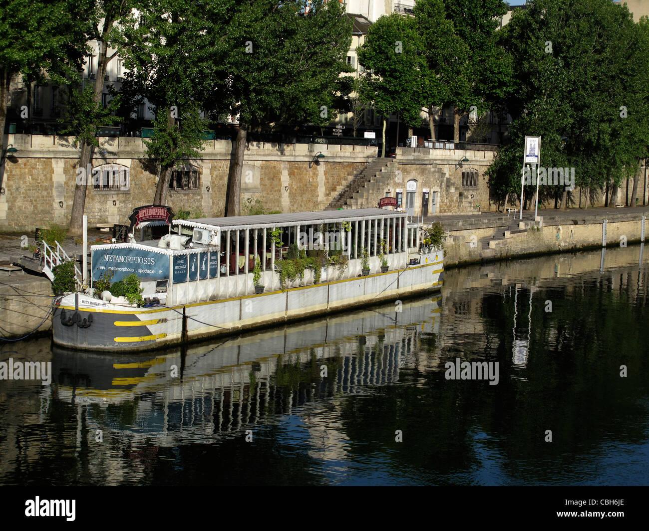 Quai de Montebello,Pont au Double,Seine river, Paris, France - Stock Image