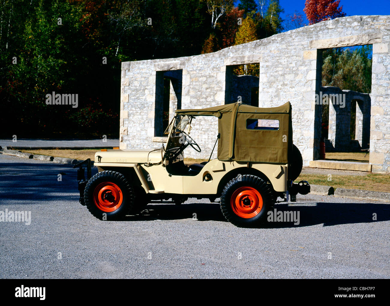 Land Rover Omaha >> Vintage Jeep Stock Photos & Vintage Jeep Stock Images - Alamy