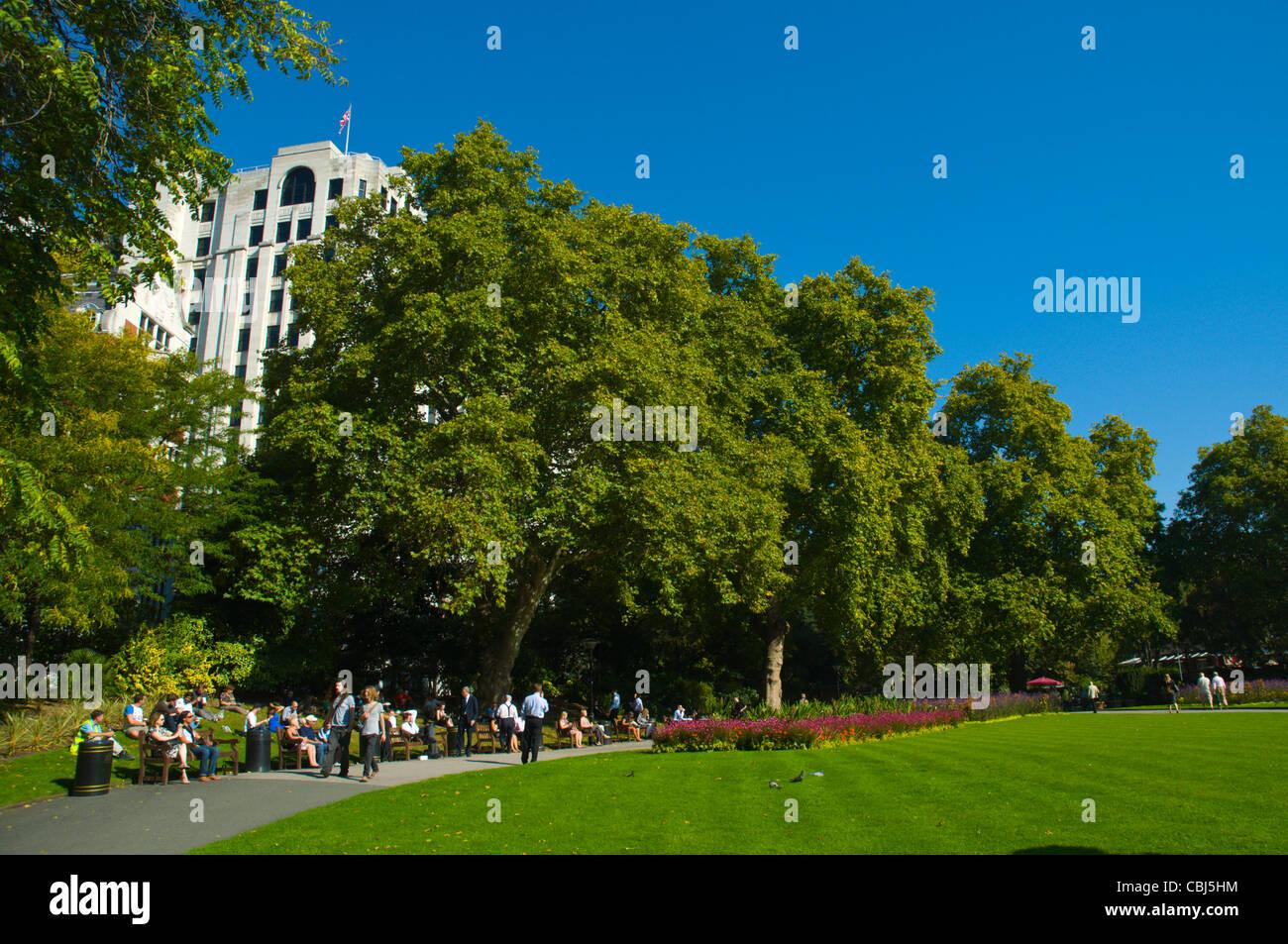 Victoria Embankment Gardens park central London England UK Europe - Stock Image