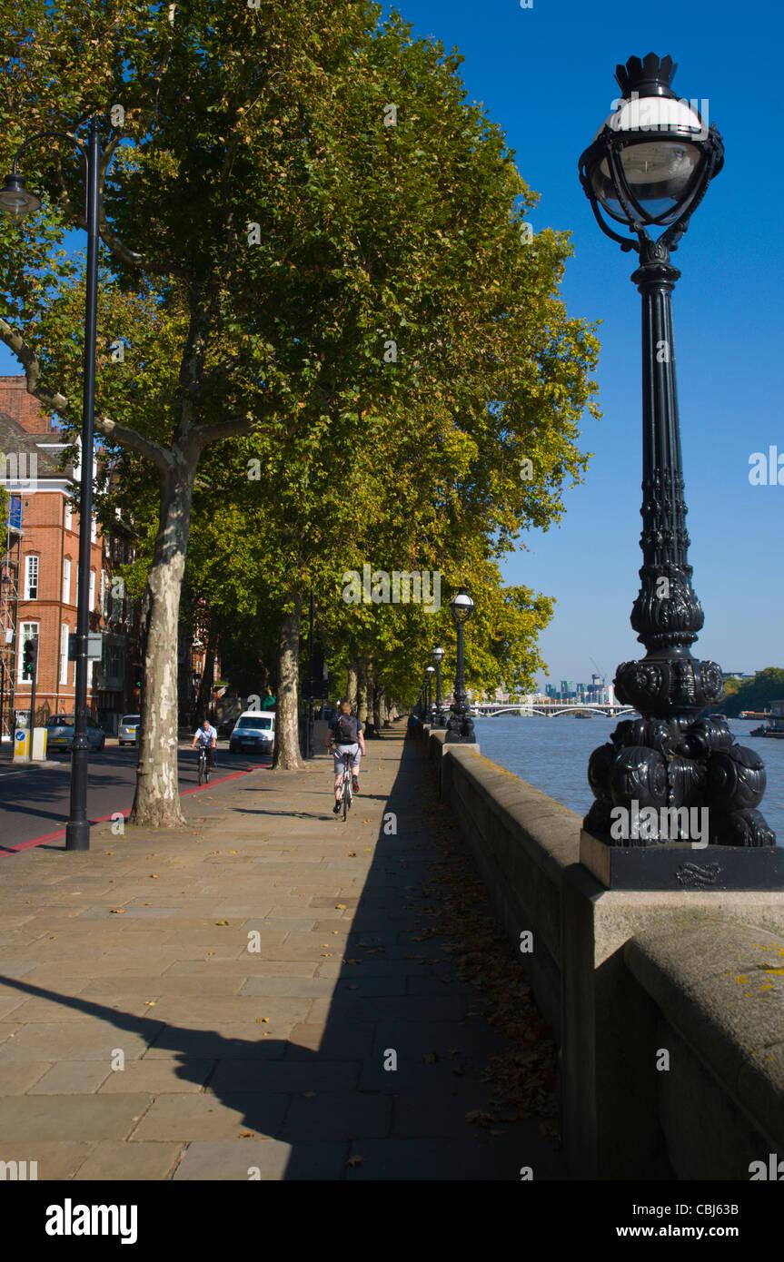 Chelsea Embankment riverside footpath Chelsea borough London England UK Europe - Stock Image