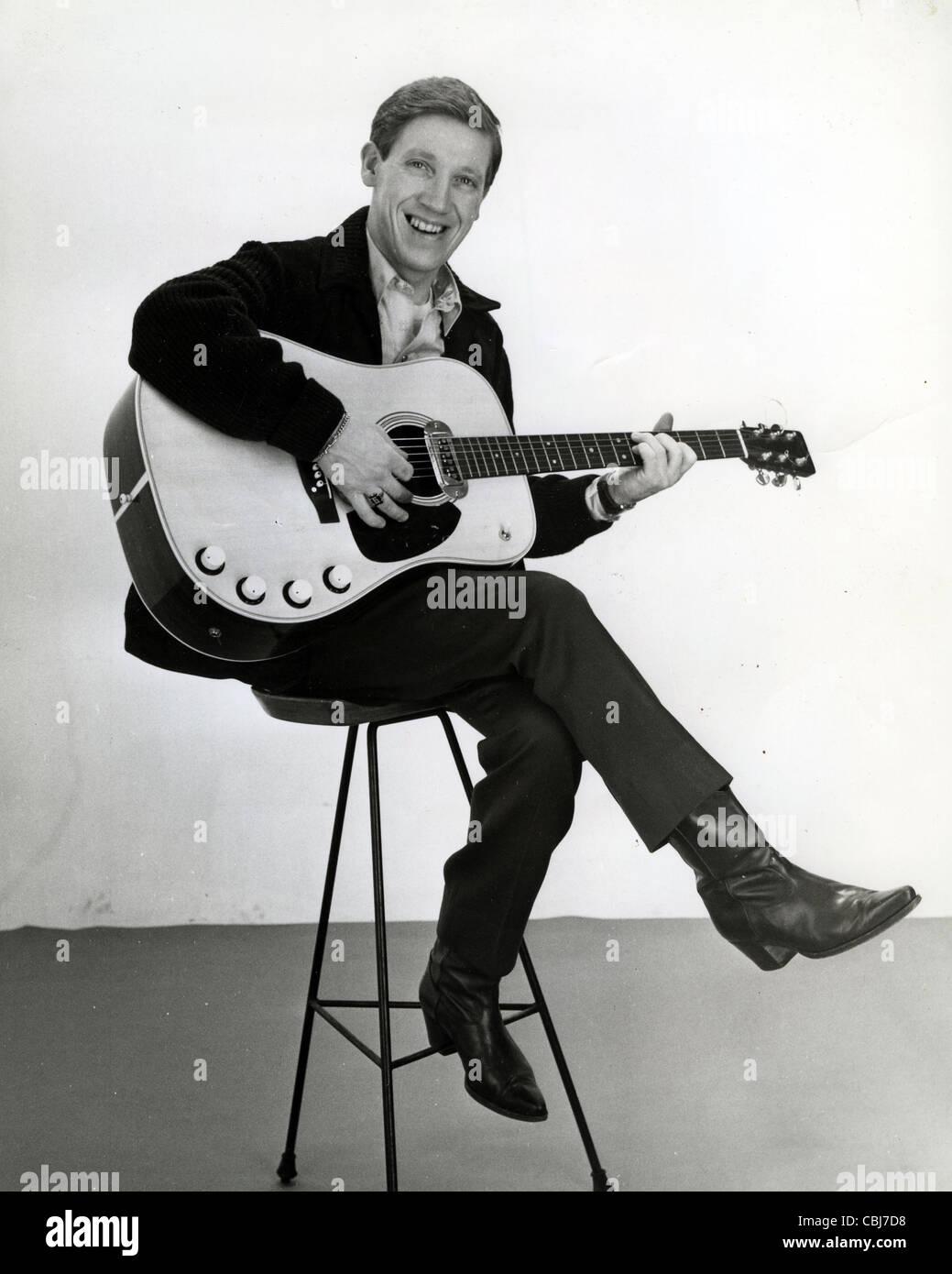 KARL DENVER (1931-1998) Scottish singer about 1961 - Stock Image