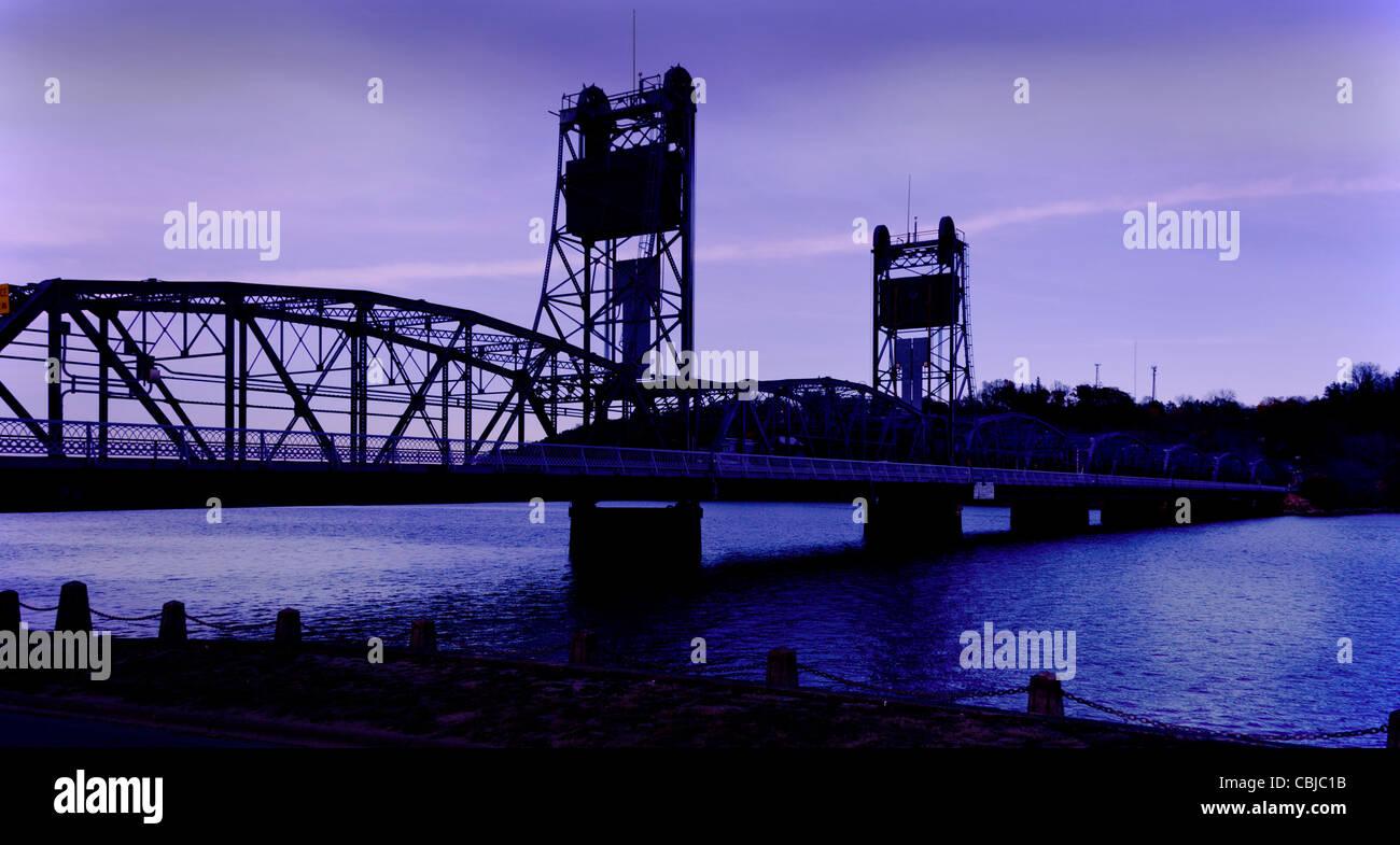The Aerial Lift Bridge in Duluth, Minnesota - Stock Image